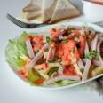 Традиционные салаты. Французский салат с оригинальной заправкой.