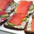 Традиционная кухня Дании. Смёрребрёд с красной рыбой
