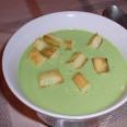 Суп-пюре из брокколи и сухариков